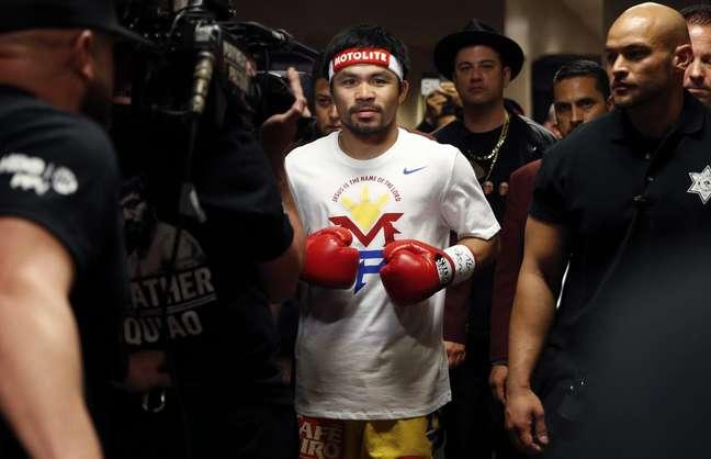 Manny Pacquiao teria escondido lesão antes do combate diante de Floyd Mayweather