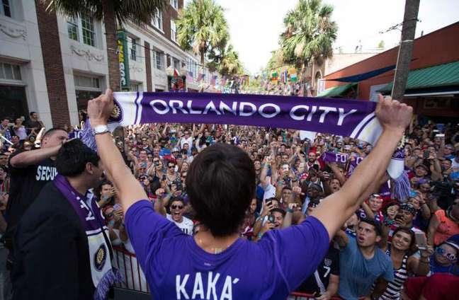 Kaká estima que o público dos jogos do time varia de 20 a 30 mil