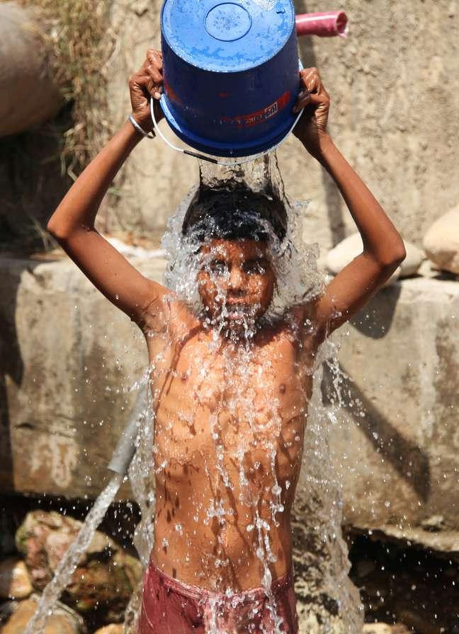 Onda de calor na Índia causou quase 500 mortes nos últimos dias