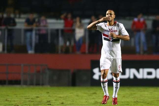 Luís Fabiano tem feito uma temporada fraca pelo São Paulo