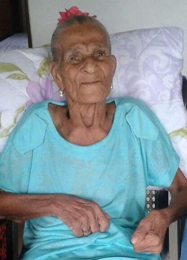 Mãe Dede de Iansã, como era conhecida a ialorixá, tinha 90 anos