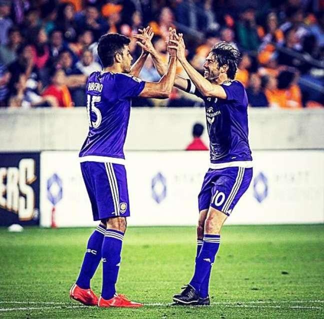 Pedro Ribeiro e Kaká comemoram gol do Orlando City