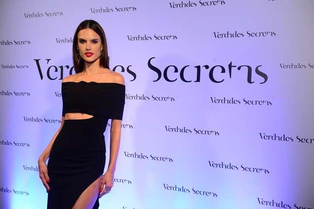 """""""Este mundo existe, mas eu nunca participei. Meu agente é um dos caras mais sérios do país"""", afirma Alessandra Ambrosio, uma das modelos brasileiras mais famosas fora do País"""