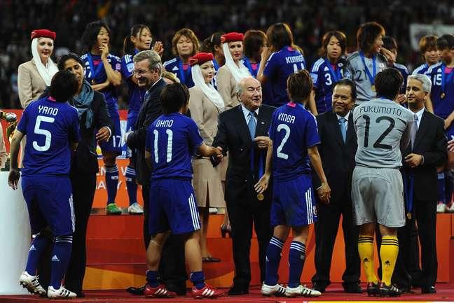 Joseph Blatter compareceu a todas as finais da Copa do Mundo Feminina na história