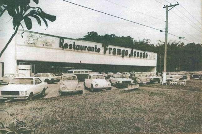 A Rede Frango Assado foi uma das pioneiras no negócio de restaurantes de beira de estrada no estado de São Paulo