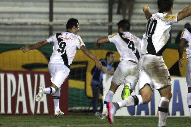 Vasco deu grande passe rumo às oitavas de final da Copa do Brasil 2015