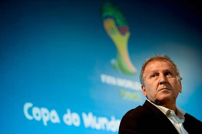 Zico vai tentar se eleger presidente da Fifa