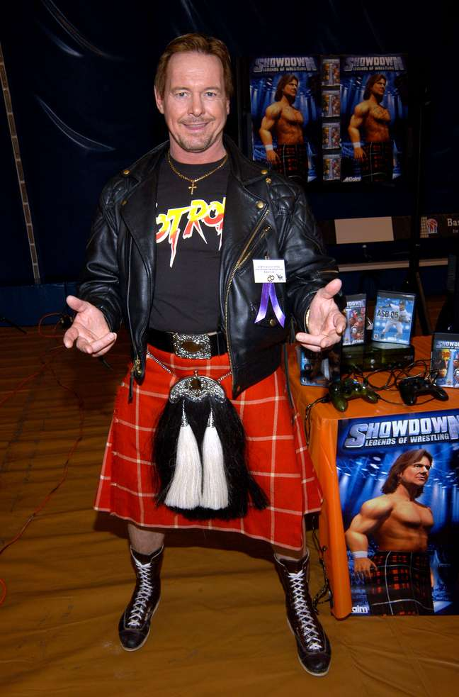 Nascido no Canadá, Piper tem ascendência escocesa