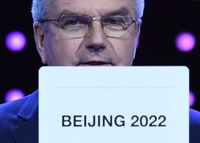 Thomas Bach, presidente do COI, anuncia Pequim como a sede da Olimpíada de Inverno de 2022