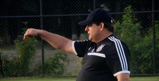 Guto Ferreira não é mais o técnico da Ponte Preta