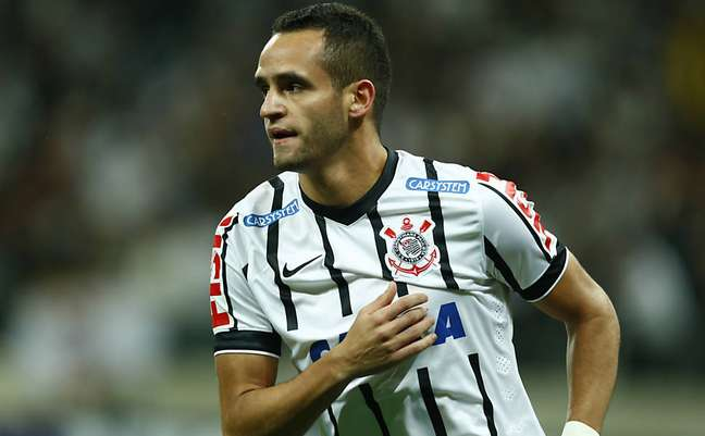 Renato Augusto tem sido o maestro do Corinthians, líder do Campeonato Brasileiro