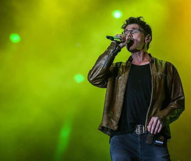 Os noruegueses do A-Ha, que da mesma forma que o Rock in Rio comemoram este ano seus 30 anos de carreira, vieram à cidade dentro de sua turnê Cast In Steel para tocar pela segunda vez no festival - a primeira foi em 1991
