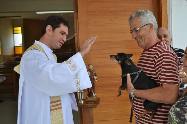O senhor Francisco e seu cachorrinho Kiko