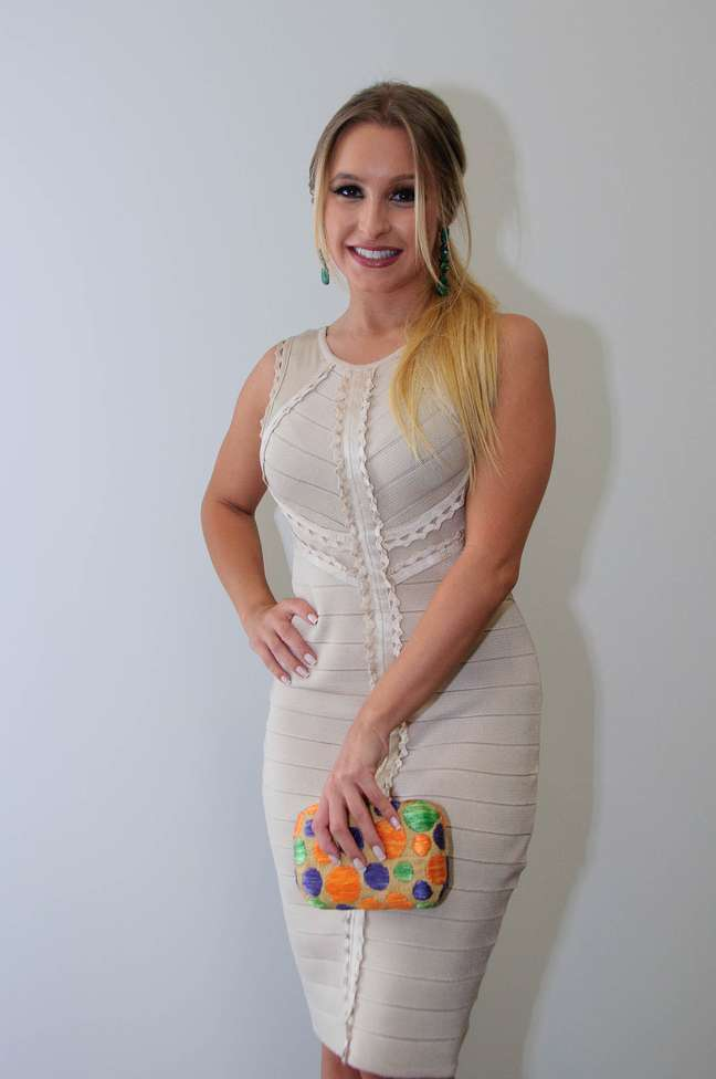 Carla Diaz acompanhou o desfile da Iódice no São Paulo Fashion Week