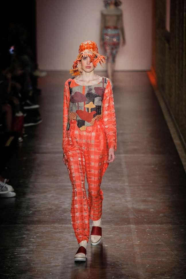 Em seu 5º dia, o São Paulo Fashion Week exibe a coleção de Fernanda Yamamoto para o inverno de 2016