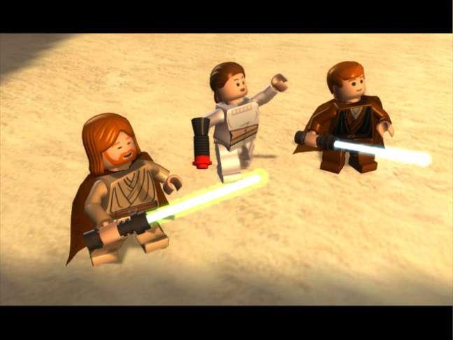 Apesar do visual um pouco infantil, LEGO Star Wars é um ótimo game