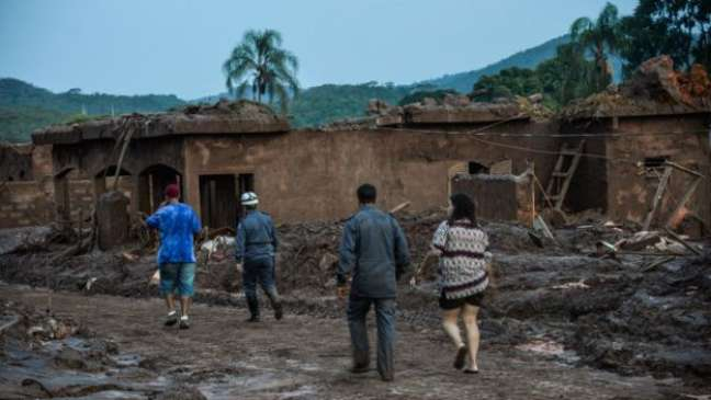 Governo federal e Ministério Público de MG têm visões diferentes sobre tragédia em Mariana
