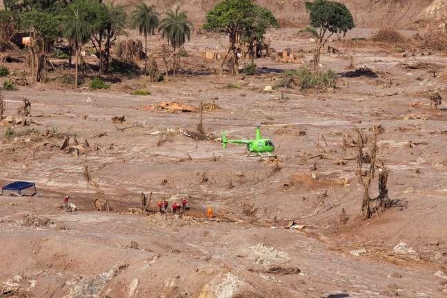 Rompimento de barreiras de rejeitos de minério em Mariana já é considerado maior desastre ambiental do Brasil