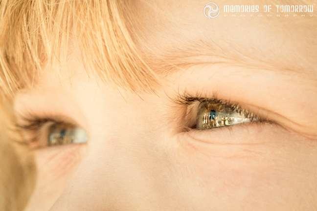 Peter contou que seu melhor foto foi a que tirou através dos reflexos dos olhos de uma criança