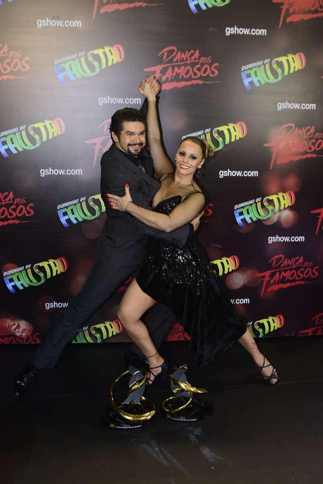 Atriz foi a vencedora do Dança dos Famosos deste ano
