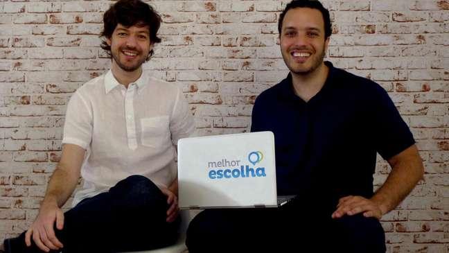 Jonas Justo (à esq) e Maurício Chamatix criaram site em função da complexidade de tarifação do mercado brasileiro de telecomunicações