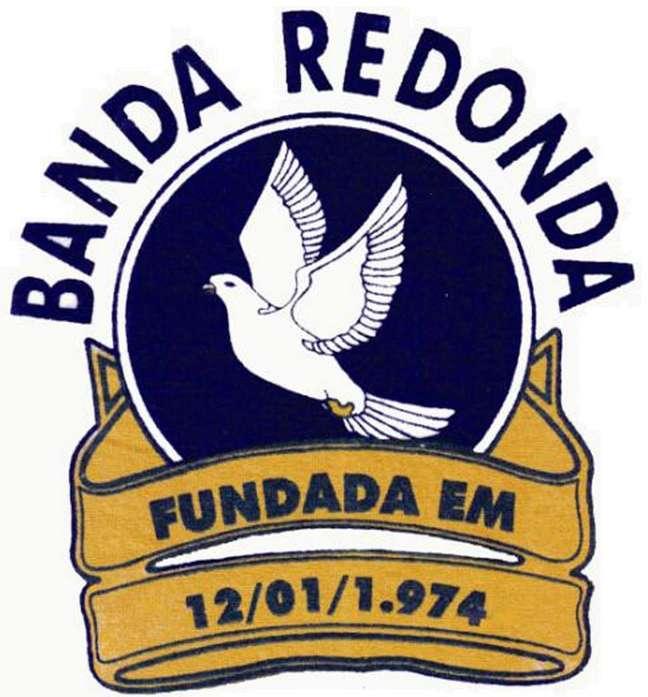 Composta por músicos, atores, jornalistas, artistas e boêmios que costumavam frequentar o Bar e Restaurante Redondo, o bloco é um dos mais antigos da cidade