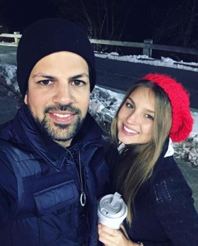 Sorocaba, da dupla Fernando e Sorocaba, agitou as redes sociais no Valentine's Day ao postar uma foto com a nova namorada, a modelo Daiane Greco