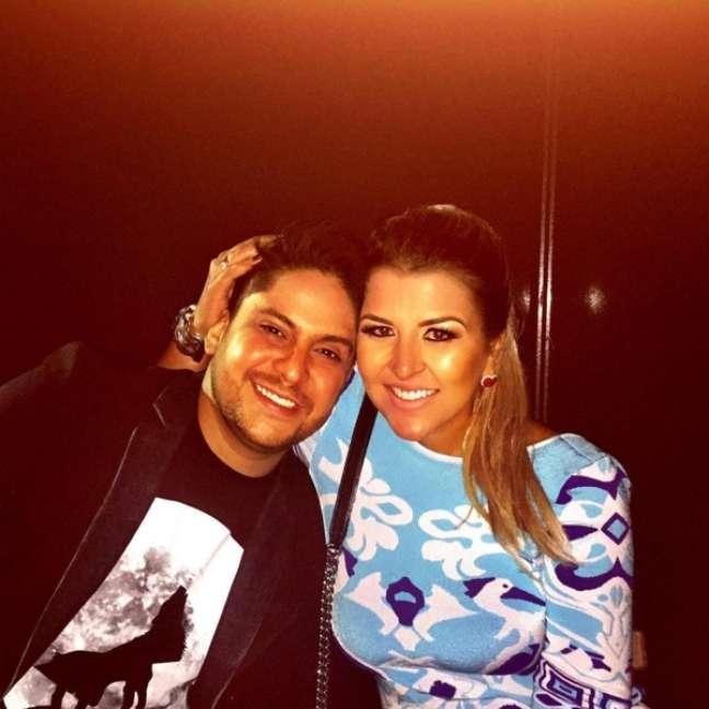 Jorge, da dupla Jorge e Mateus, já está casado com a designer de moda Ina Freitas há quase quatro anos, mas a chama da paixão ainda não se apagou