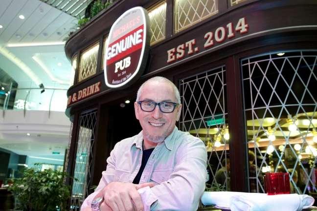 Michael Schwartz é um dos chefs famosos com restaurantes e pratos em cruzeiros