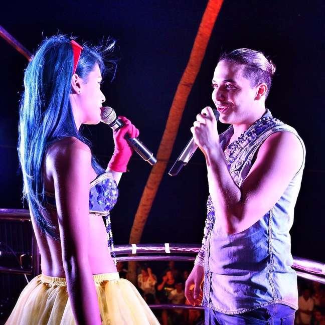 Apesar do pouco tempo de carreira, Tati teve a oportunidade de fazer um dueto com Wesley Safadão