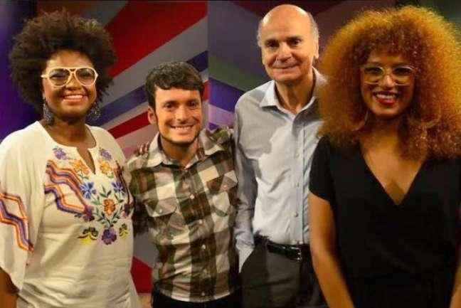 Os apresentadores do Estação Plural, Ellen Oléria, Fefito e Mel Gonçalves e o convidado do programa de estreia, o médico Drauzio Varella