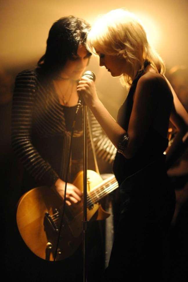 O filme se passa entre 1975 e 1977 e é narrado pela principal vocalista da banda, Cherie Currie, vivida por Dakota Fanning