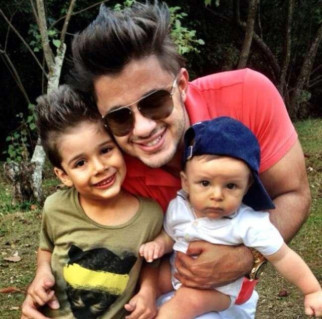 Cristiano deixou dois filhos: João Gabriel, de 7 anos, e Bernardo, de 2 anos