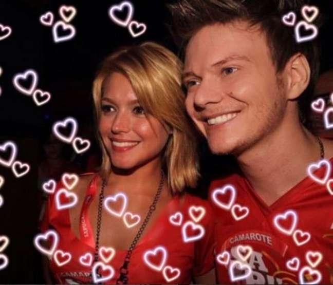 Os dois se conheceram no Carnaval do Rio de Janeiro, em 2012 e demoraram dois meses para assumir o romance, mas não teve jeito, o amor falou mais alto