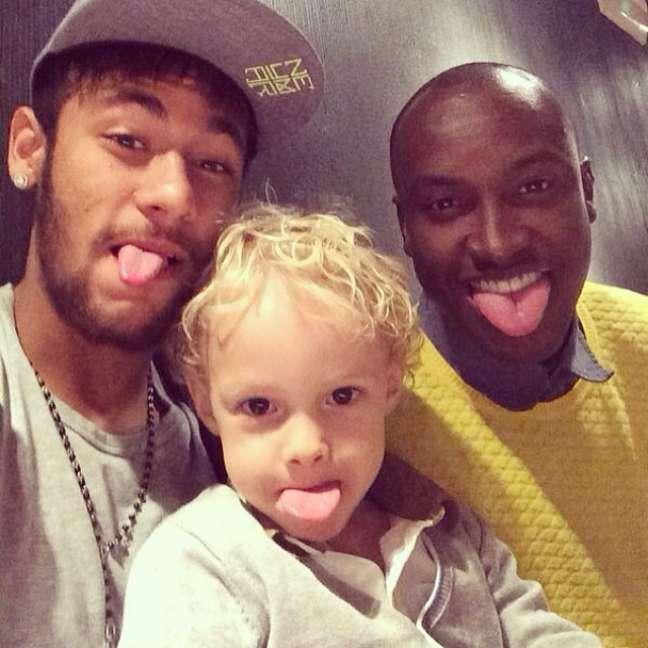 A última aparição da dupla foi em março deste ano, quando Neymar parabenizou o amigo pelo Instagram. Na foto, a dupla aparece com o filho do craque do futebol