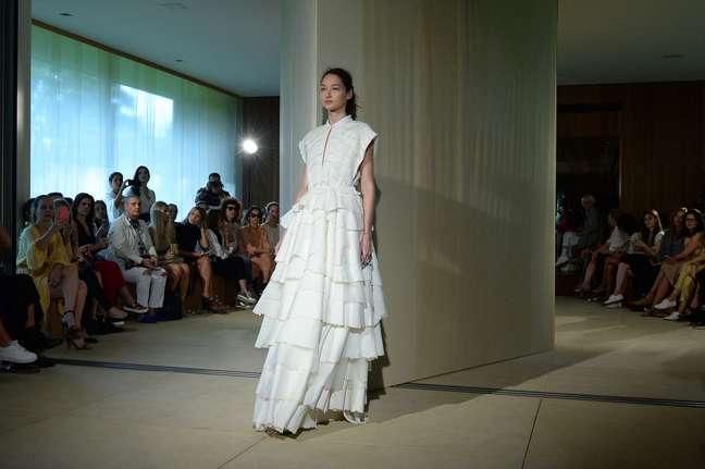 O minucioso trabalho de Paula Raia pode ser comparado a alta-costura