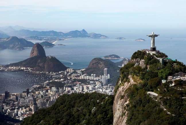Pão de açúcar e Cristo Redentor, dois dos principais pontos turísticos do Rio de Janeiro
