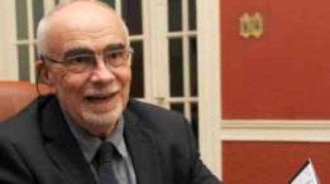 Marcelo Cavarozzi avalia que América latina passa por um período de transição na política