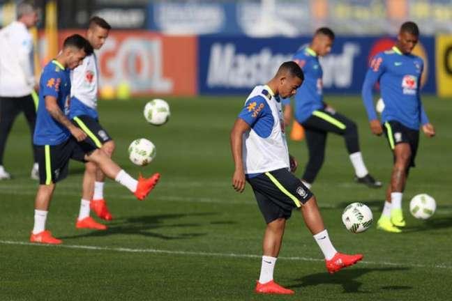 Seleção olímpica treina em dois períodos nesta quarta-feira (Foto: Lucas Figueiredo / MoWA Press)