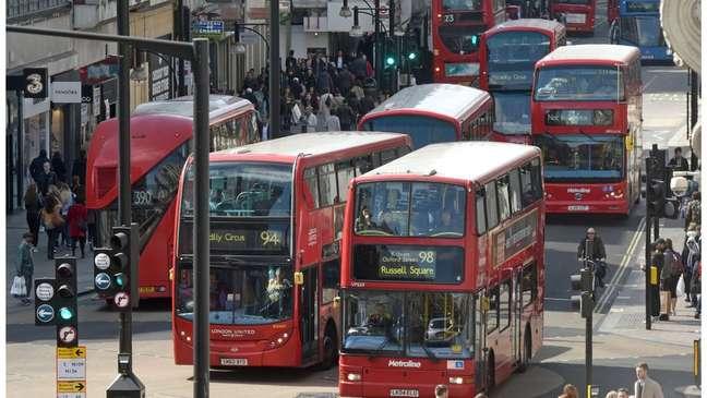 Londres enfrentou ameaças de greves, como a dos motoristas de ônibus, às vésperas da Olimpíada