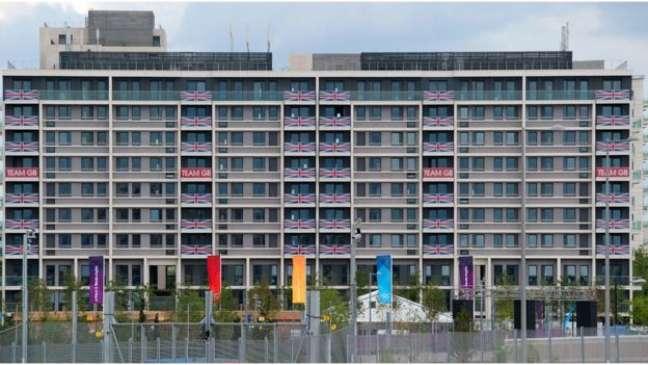 Apesar de críticas pontuais, todas as delegações permaneceram na Vila Olímpica