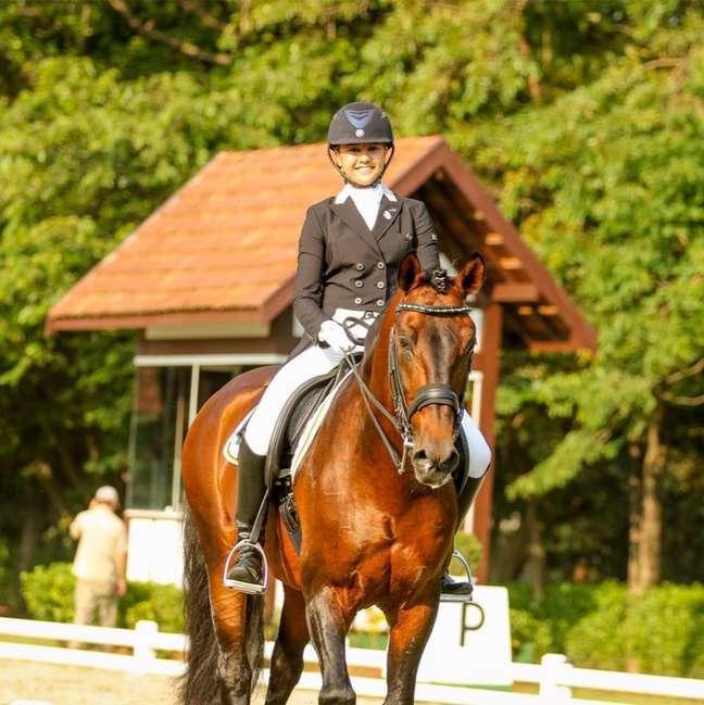 A atleta Giovana Pass, de 18 anos