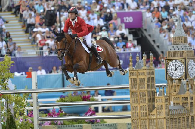 O suíço Steve Guerdat ganha a medalha de ouro individual para a Suíça nos Jogos Olímpicos de Londres em 2012