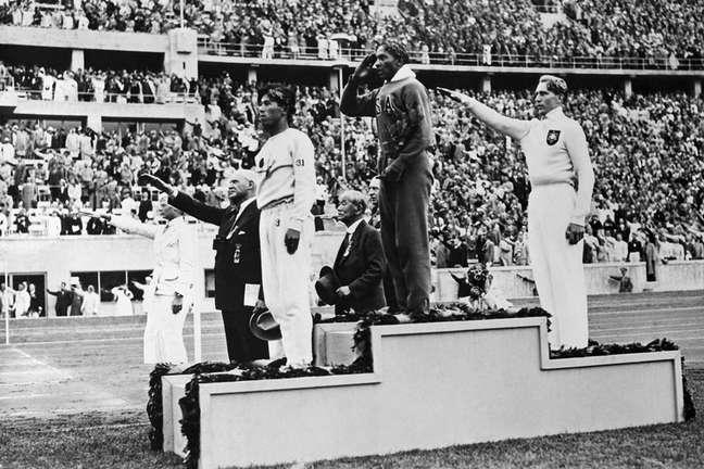 Quatro anos atrás, na inauguração do Hall da Fama da Associação Internacional de Atletismo (IAAF), Owens figurou na primeira turma de homenageados