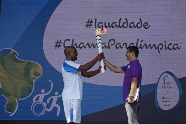 Revezamento da tocha paralímpica começou na semana passada em Brasília (Foto: Rio2016/Andre Luiz Mello)