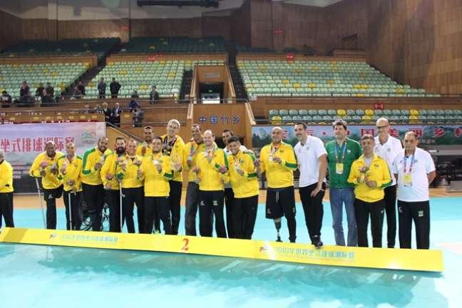Seleção Brasileira masculina de vôlei sentado ficou em segundo lugar em torneio na China, neste ano