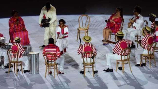 Roda de samba na abertura da Paralimpíada