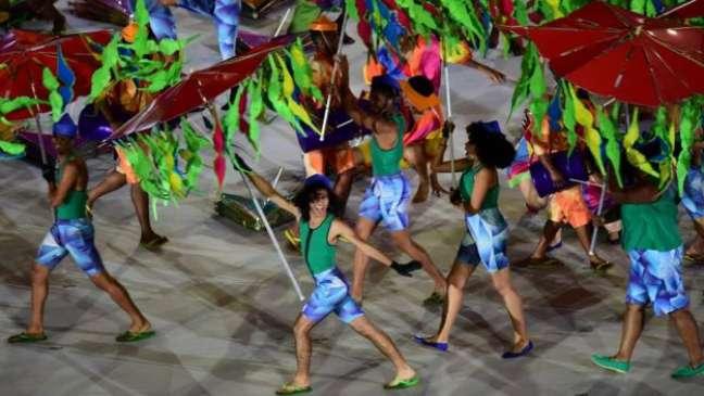 Cerimônia de abertura contou com mais de 2 mil participantes