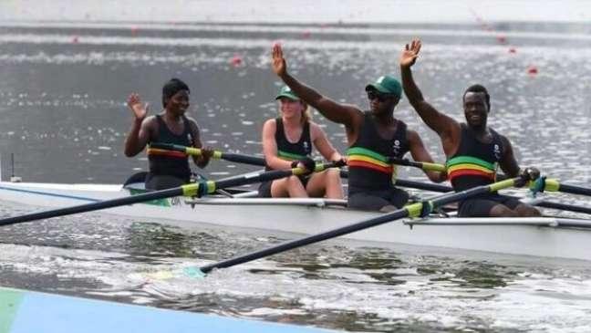 Equipe de remo do Zimbábue foi recrutada cinco meses antes dos Jogos Paralímpicos para competir no Rio