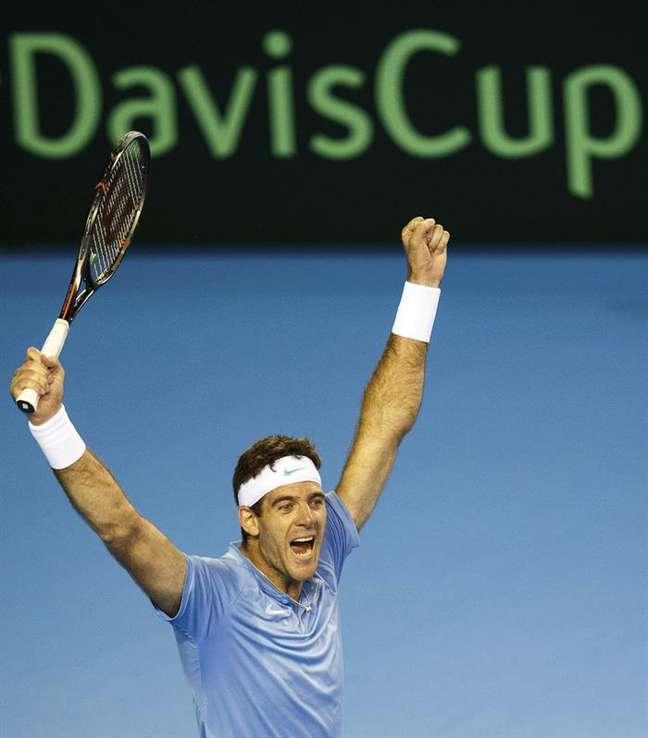 Del Potro comemora a vitória sobre Murray, pela Copa Davis